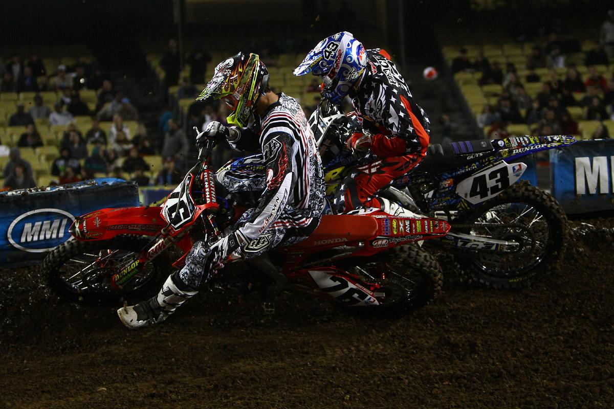 Kyle Partridge putting a nice pass on Weston Peick
