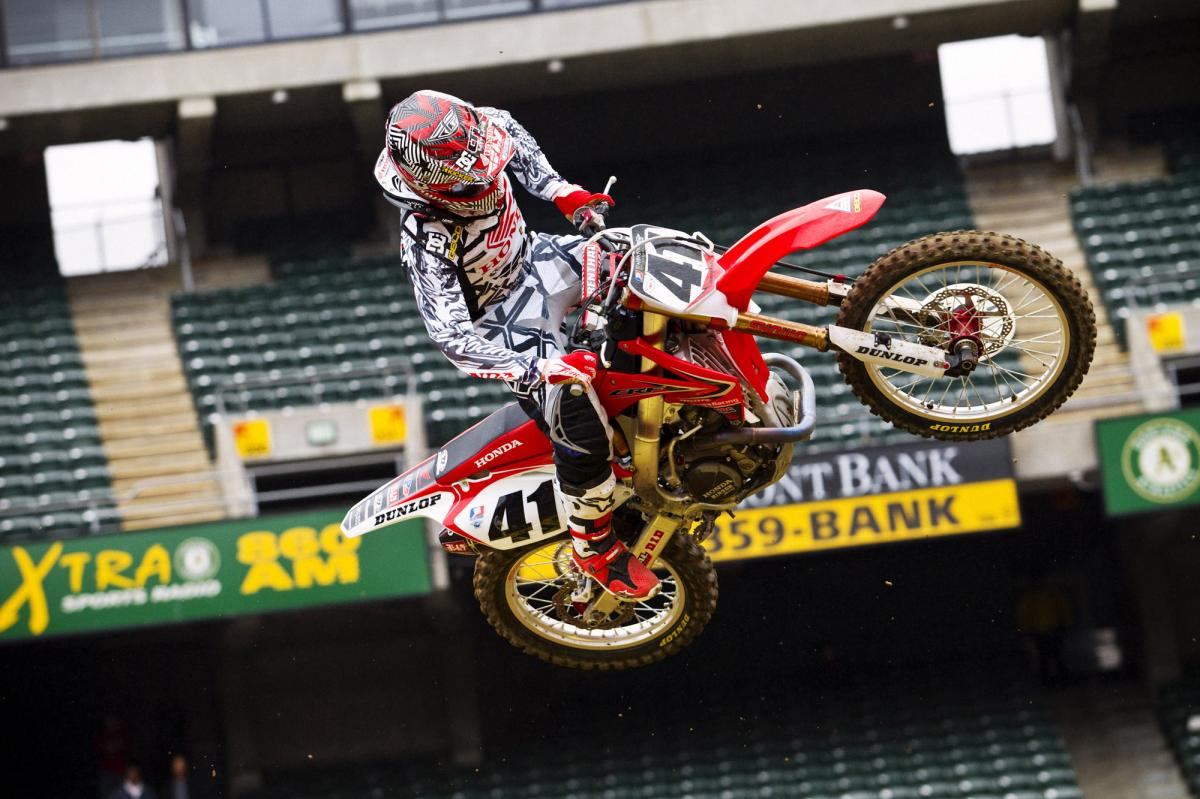 Trey Canard looks on point tonight.