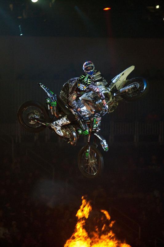 Nuclear Cowboyz - Pittsburgh, PA 01-29-2011