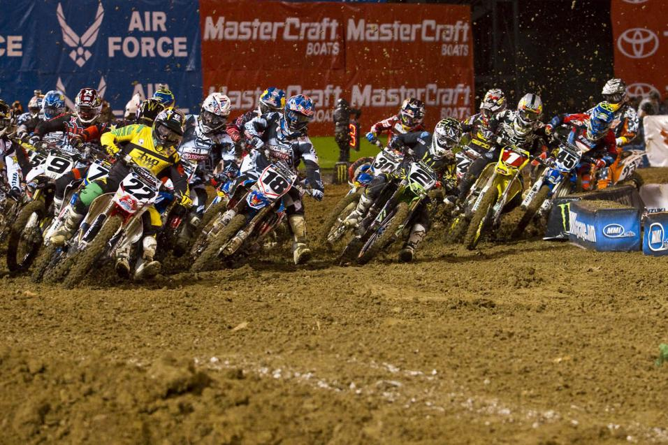 Racer X Race Report: Oakland