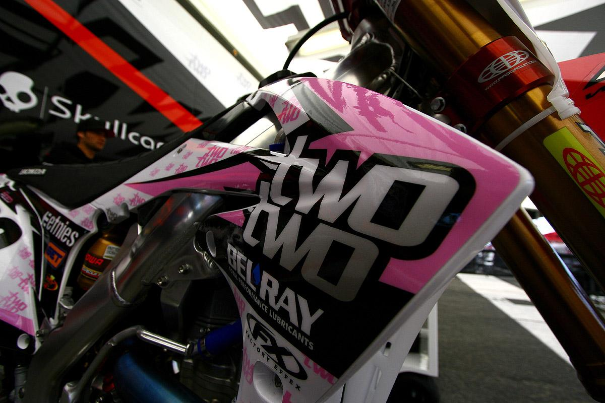 Chad Reed and Two Two Motorsports have the Pink theme dialed