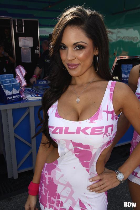 Falken Girl