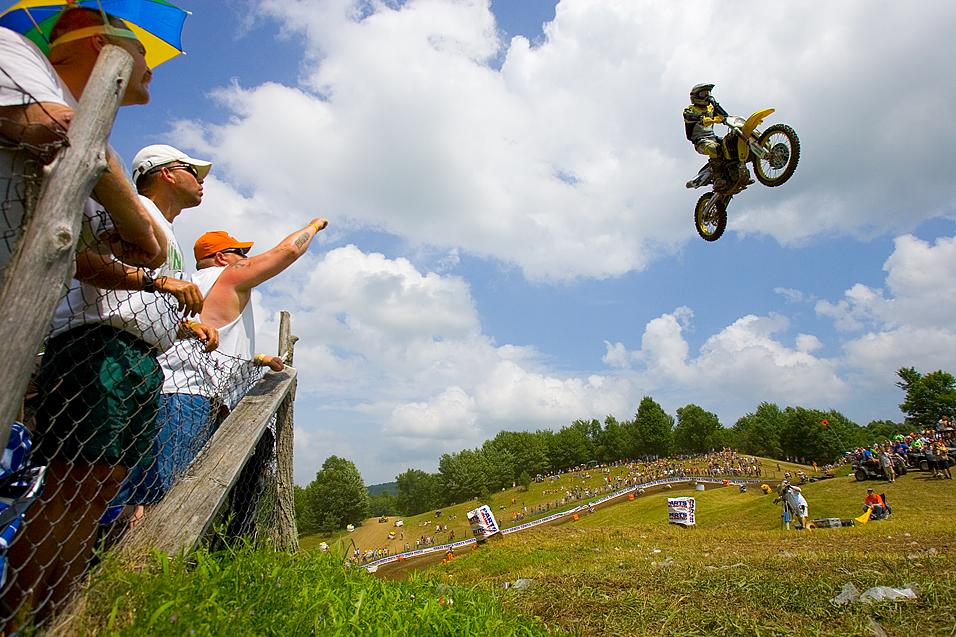 <strong>40 Day Countdown</strong> To AMA Motocross Opener: 2005