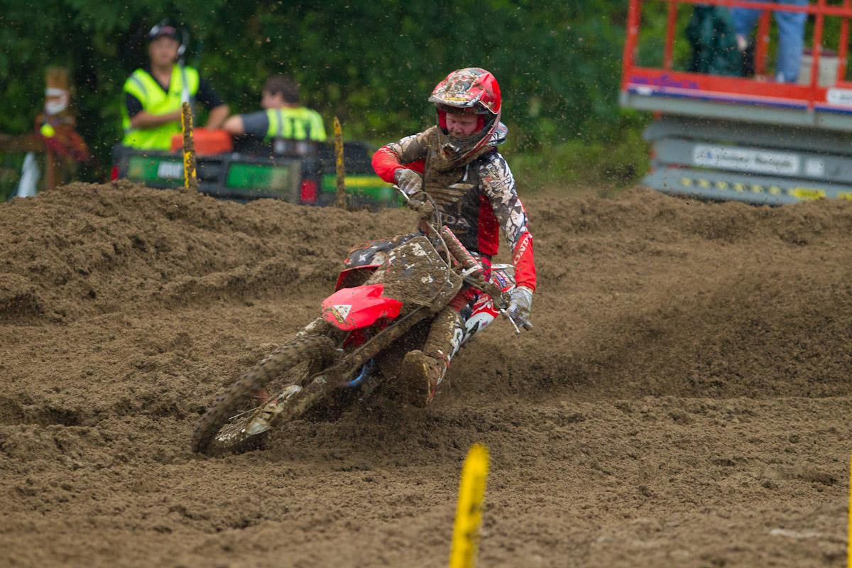 Trey Canard back in action