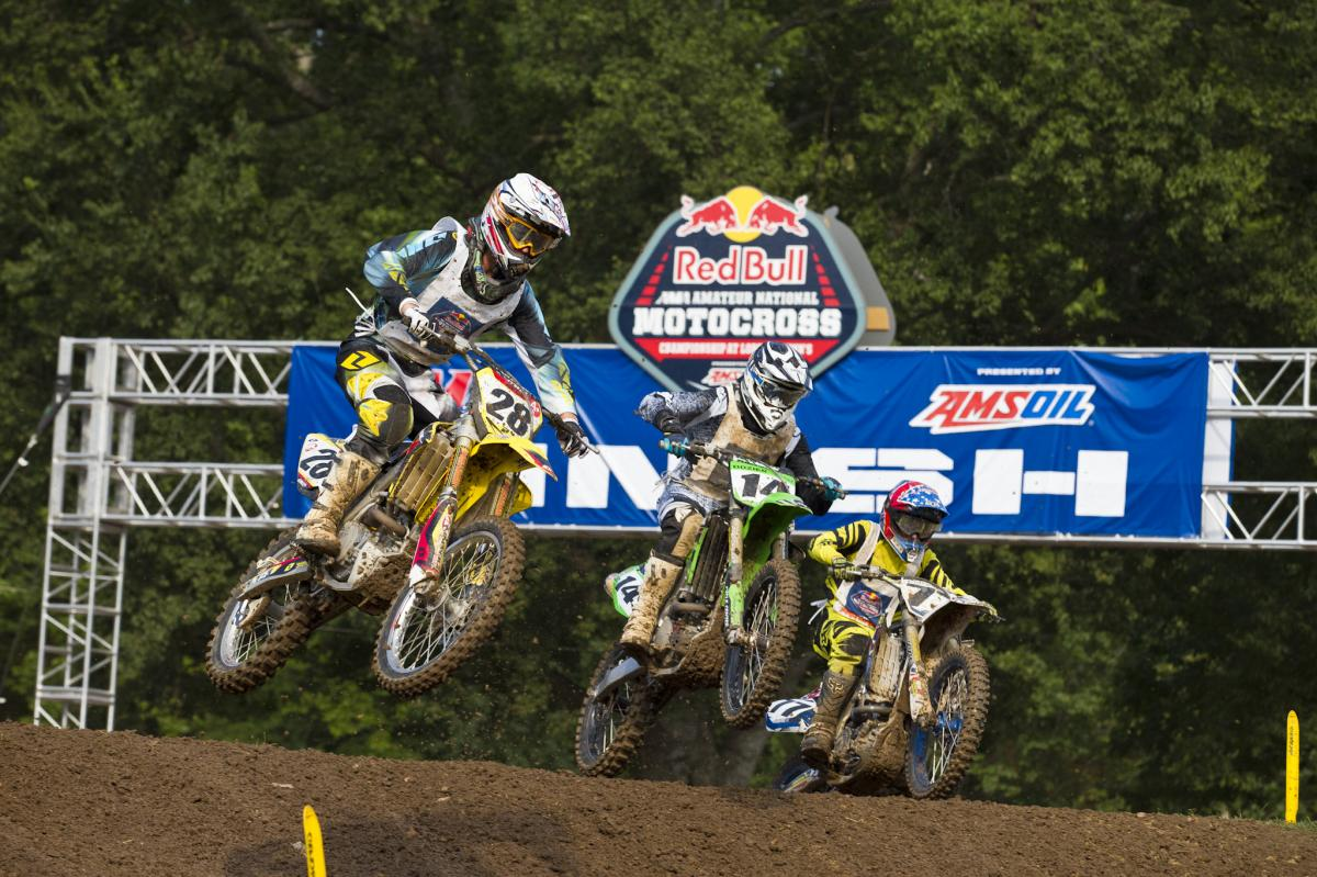 Another great battle going down at Loretta's.