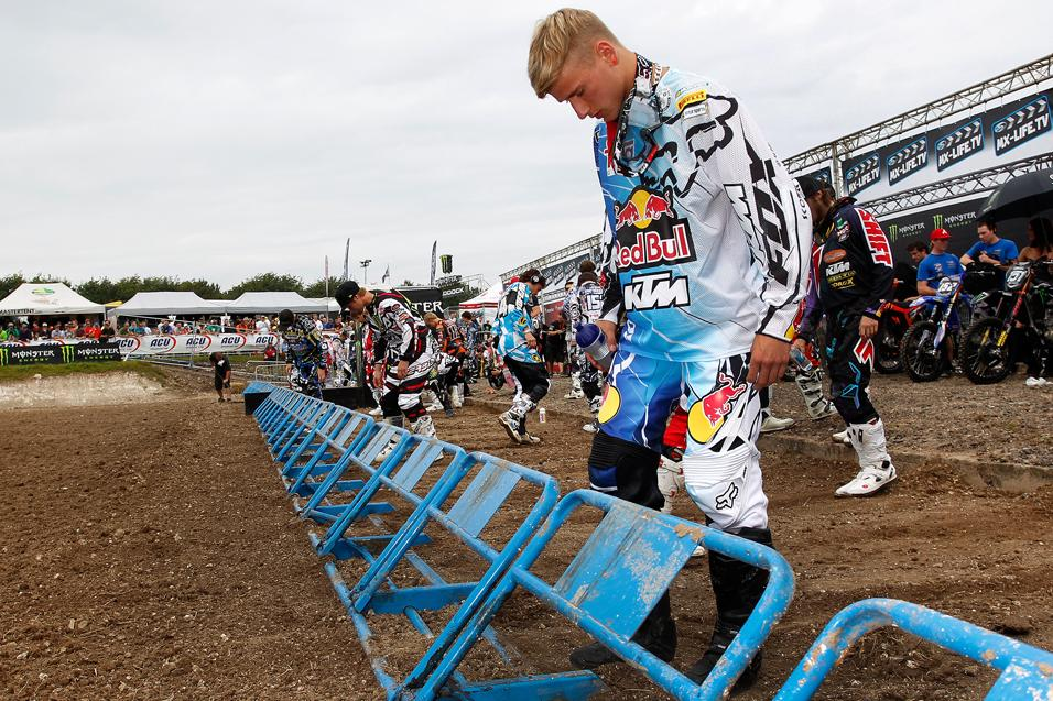 Racer X Race Report:  Grand Prix of Great Britain