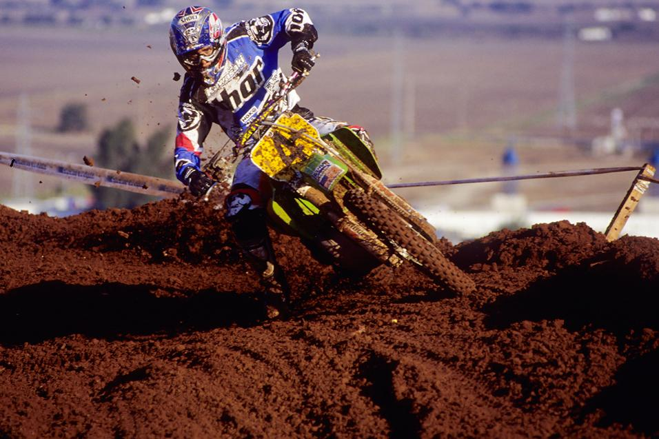 <strong>Proof:</strong> Jeff Emig Talks MXoN