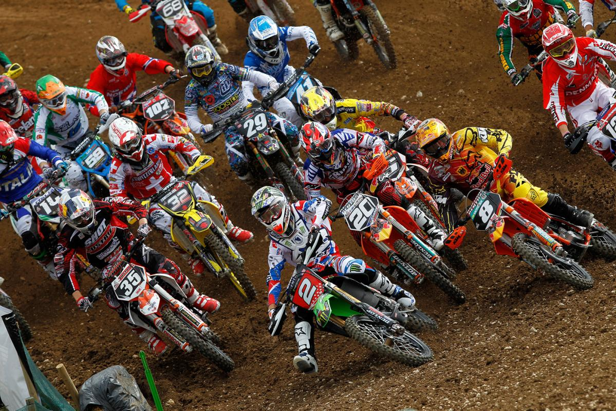Baggett gets the early edge of Ken Roczen and Marvin Musquin