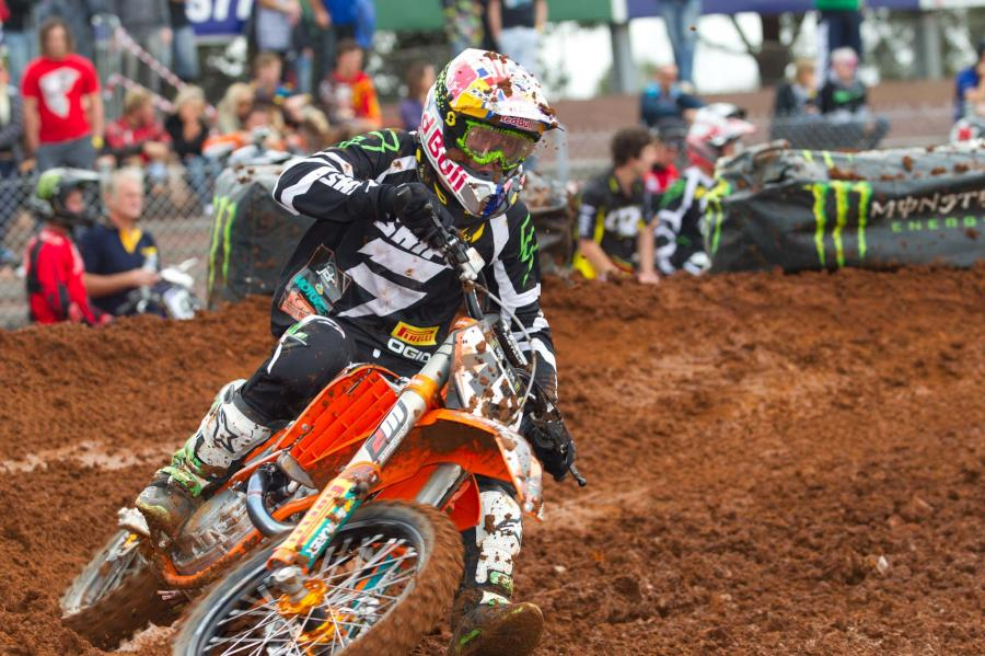 2011-superx-rd1-simmonds