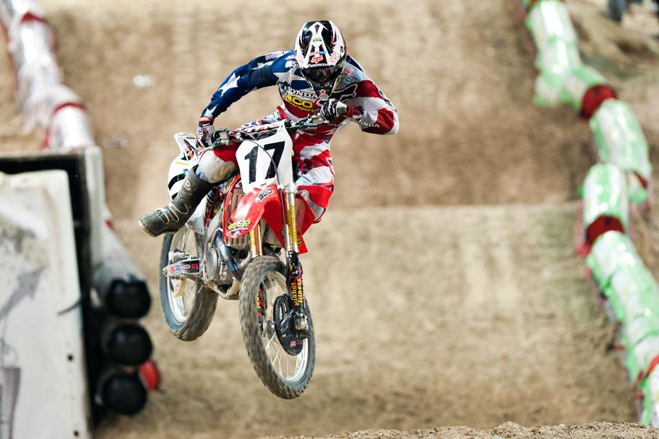 <strong>250 Words:</strong><br /> Barcia in Paris