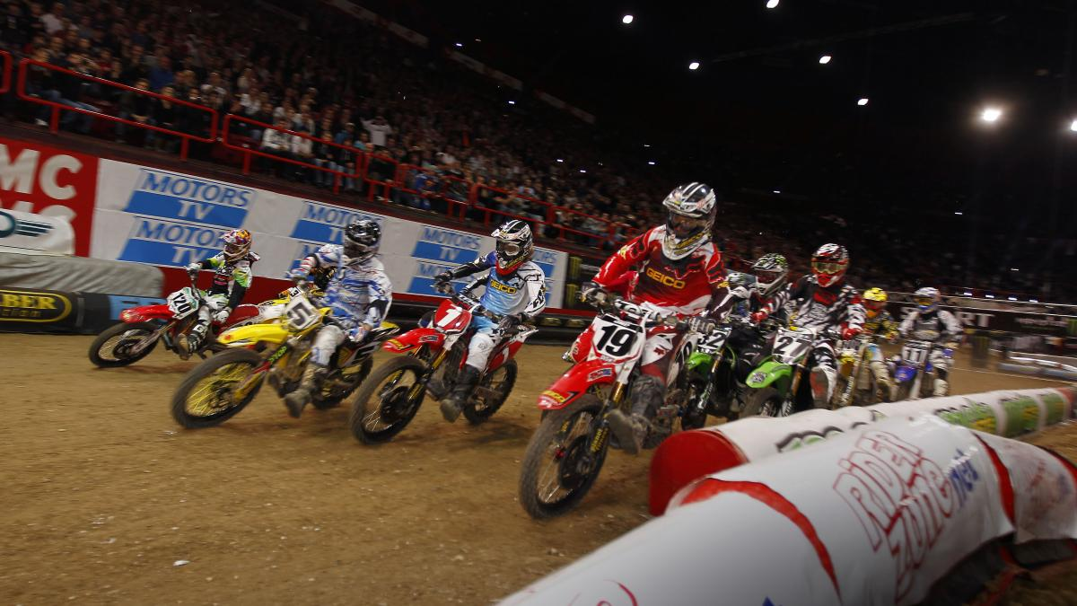 Barcia and company battle for the holeshot