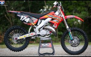 The Racer X Factory 125 Race Weapon