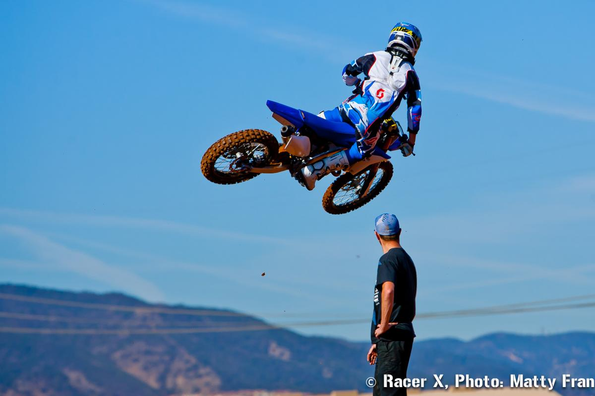 Scott Adkins keeps a close eye on Sipes