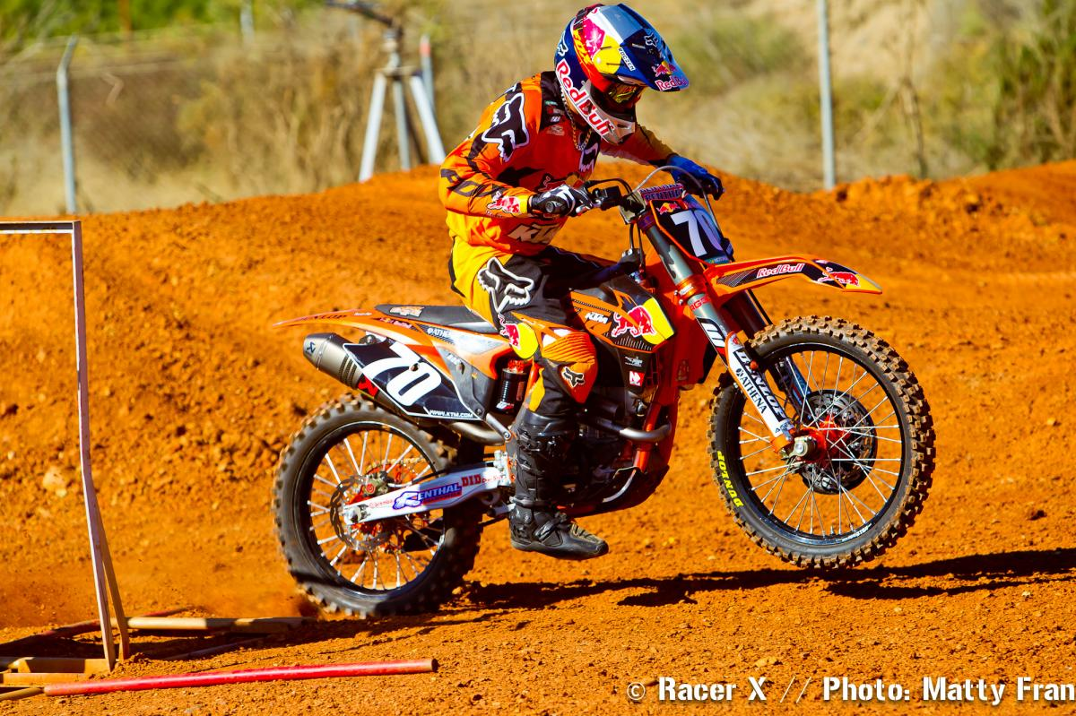 Ken Roczen practicing starts