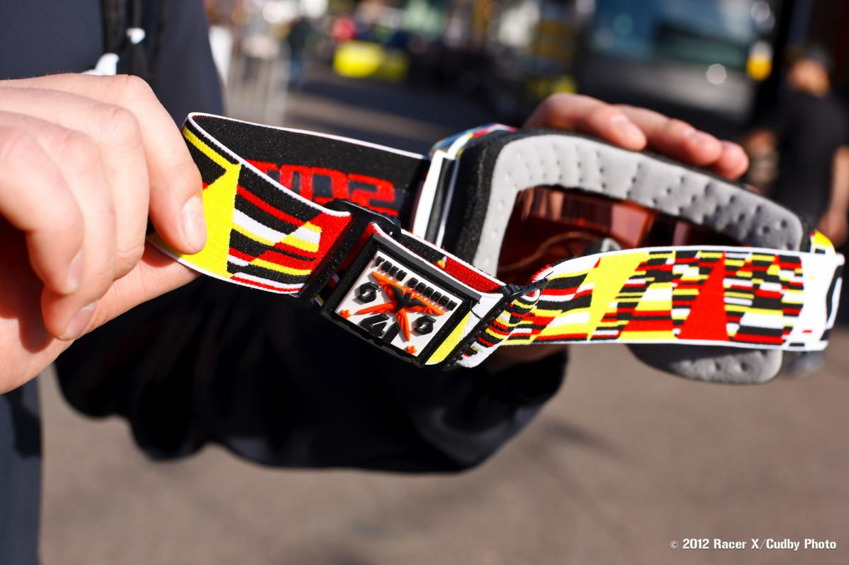 Trey Canard's new Scott goggles