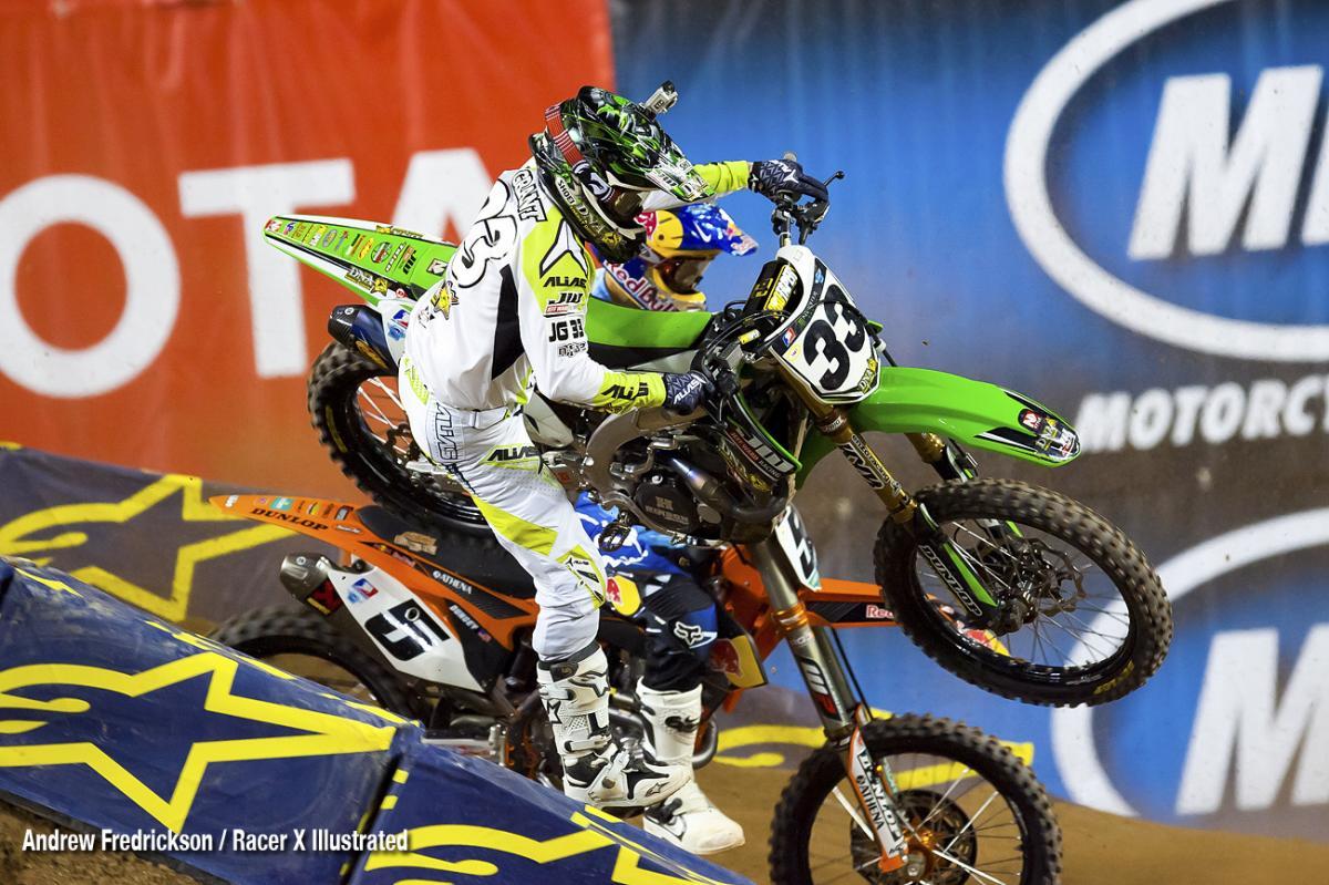 Josh Grant crashes.