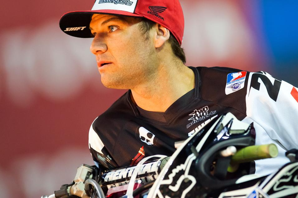 Between The<br /> Motos: Chad Reed