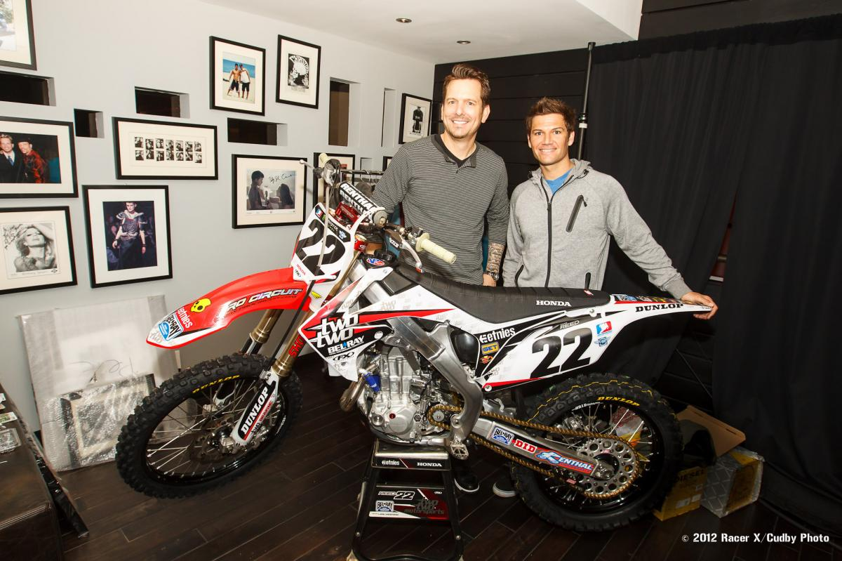 Chad Reed drops of a gift for Pete Fox