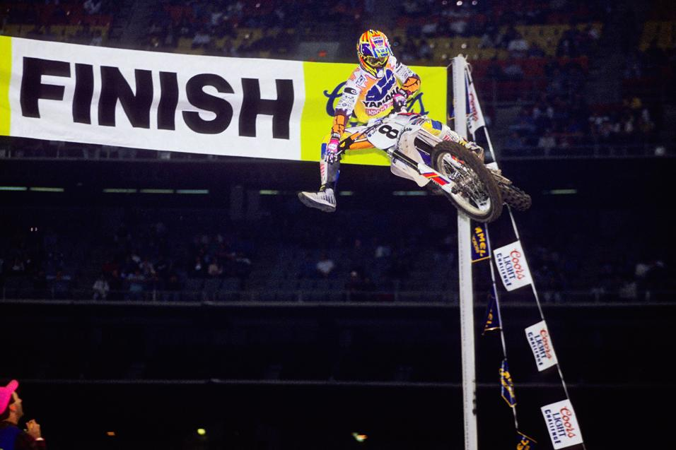 This Week in Yamaha History:<br /> Bradshaw's Final SX Win