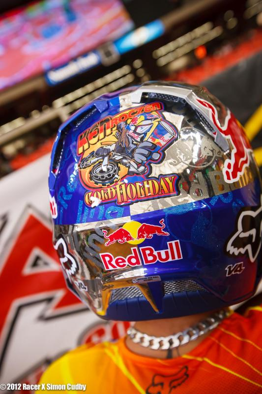 Roczen's logo on his lid.