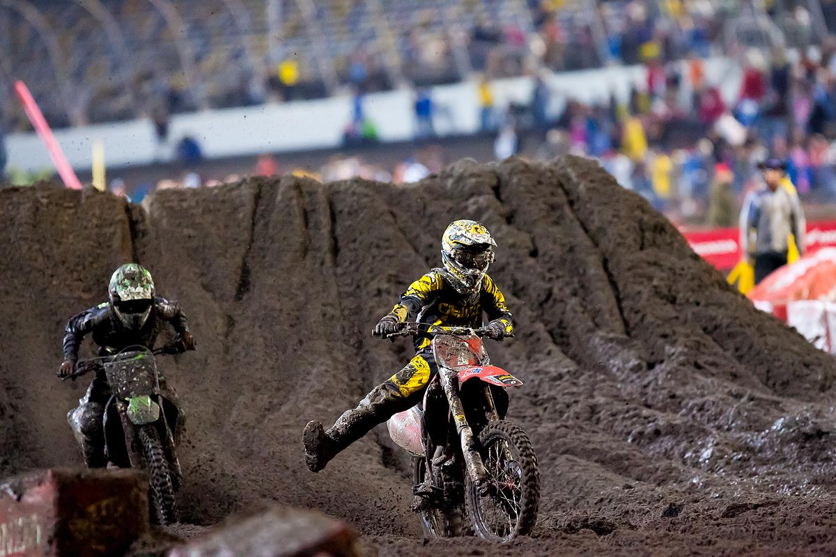 Barcia and Baggett drag race after the wall jump