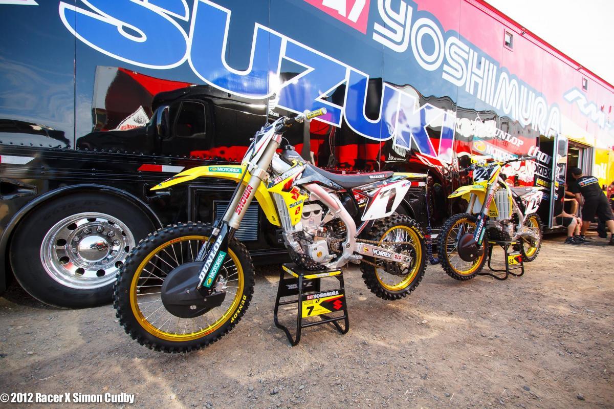 Stewart and Metcalfe's Suzuki rides