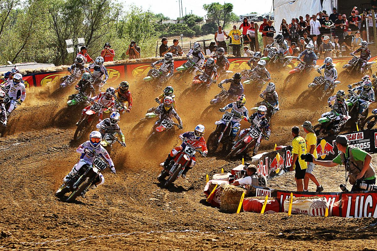 Alessi grabs the holeshot