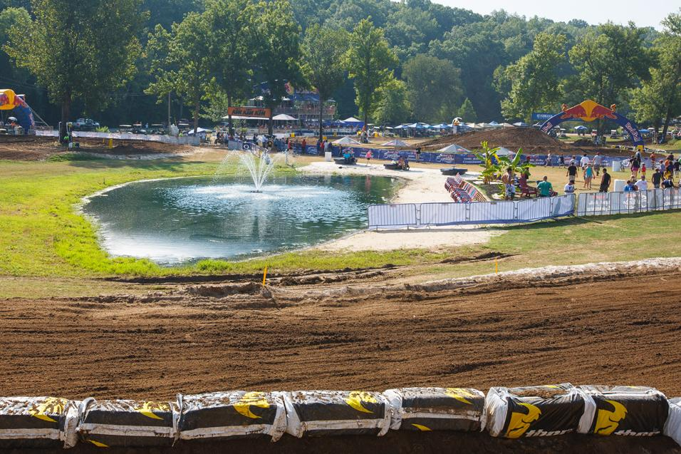 Sign of the  Lap Times: Loretta's