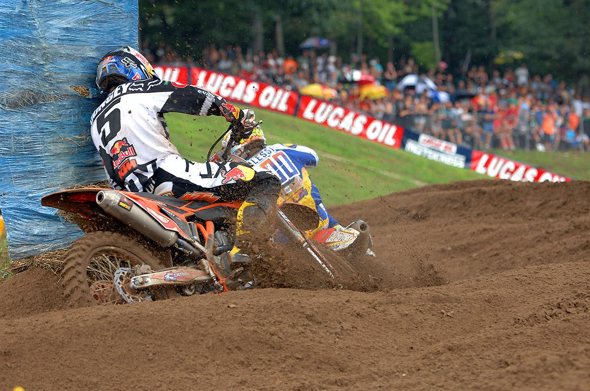 Dungey tries to track down Alessi