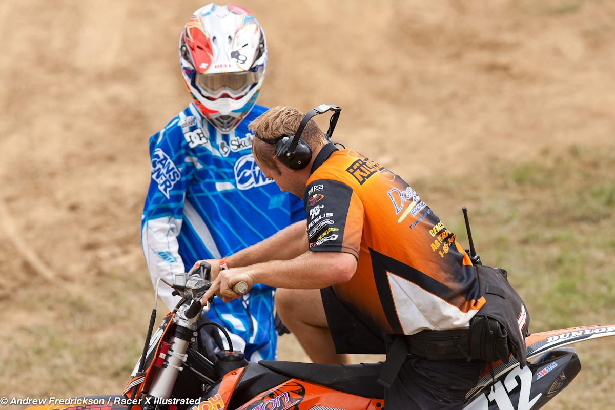 Starling had problems getting the bike fired for moto 1.