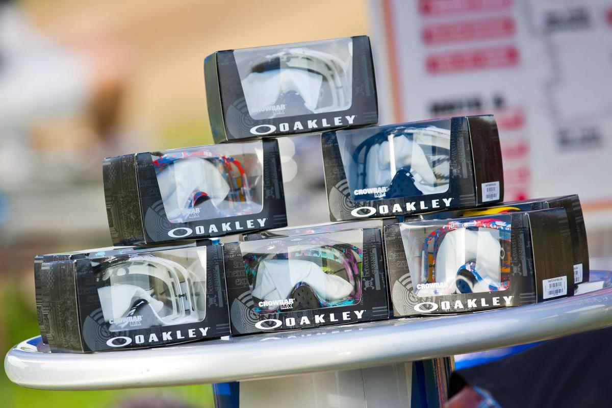 Oakley goggles for the winning teams.