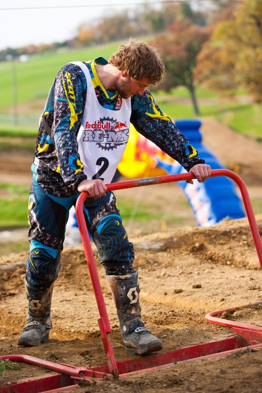 Dylan Slusser packing the gate.