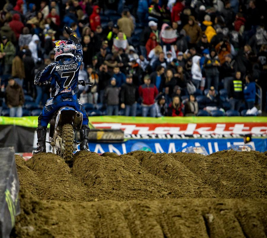 Stewart keep his title hopes alive win his fourth win of the season in Seattle. After an up and down season, the two-time SX Champion still had a shot at title number three. (Garth Milan photo) B
