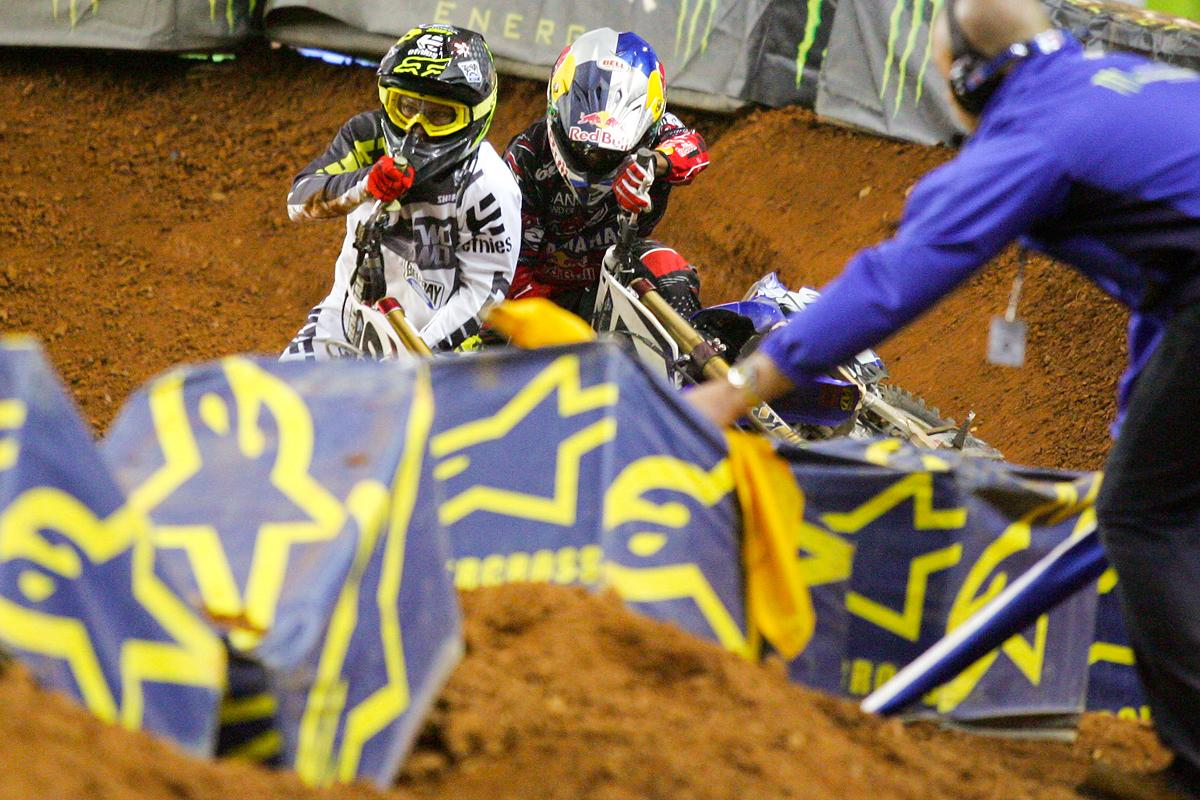 Reed and and Stewart were back at the top of the supercross game, and the action really got heated in the ATL. Reed and Stewart went bar-to-bar, only to get together late, allowing Villopoto to take the win. (Afred photo)