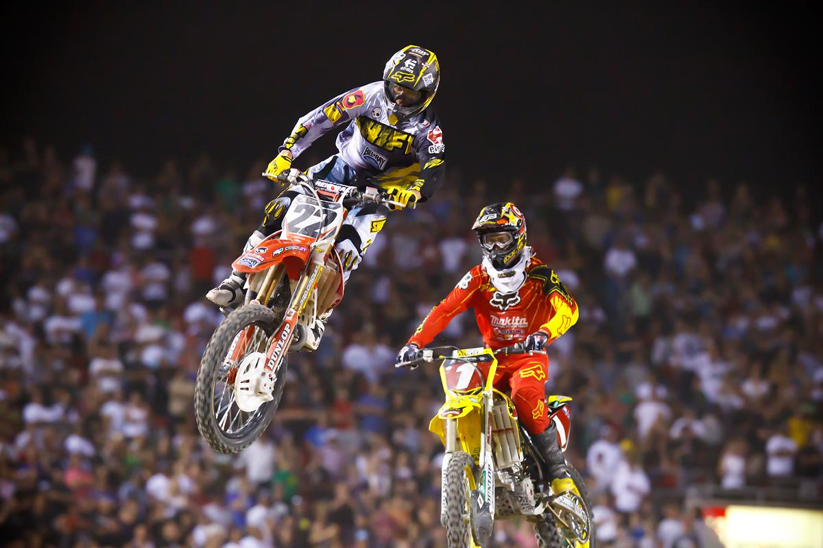 Reed would close out the season in spectacular fashion with a close-fought win over Dungey in Vegas. But it wouldn't be enough for the title. (Cudby photo)