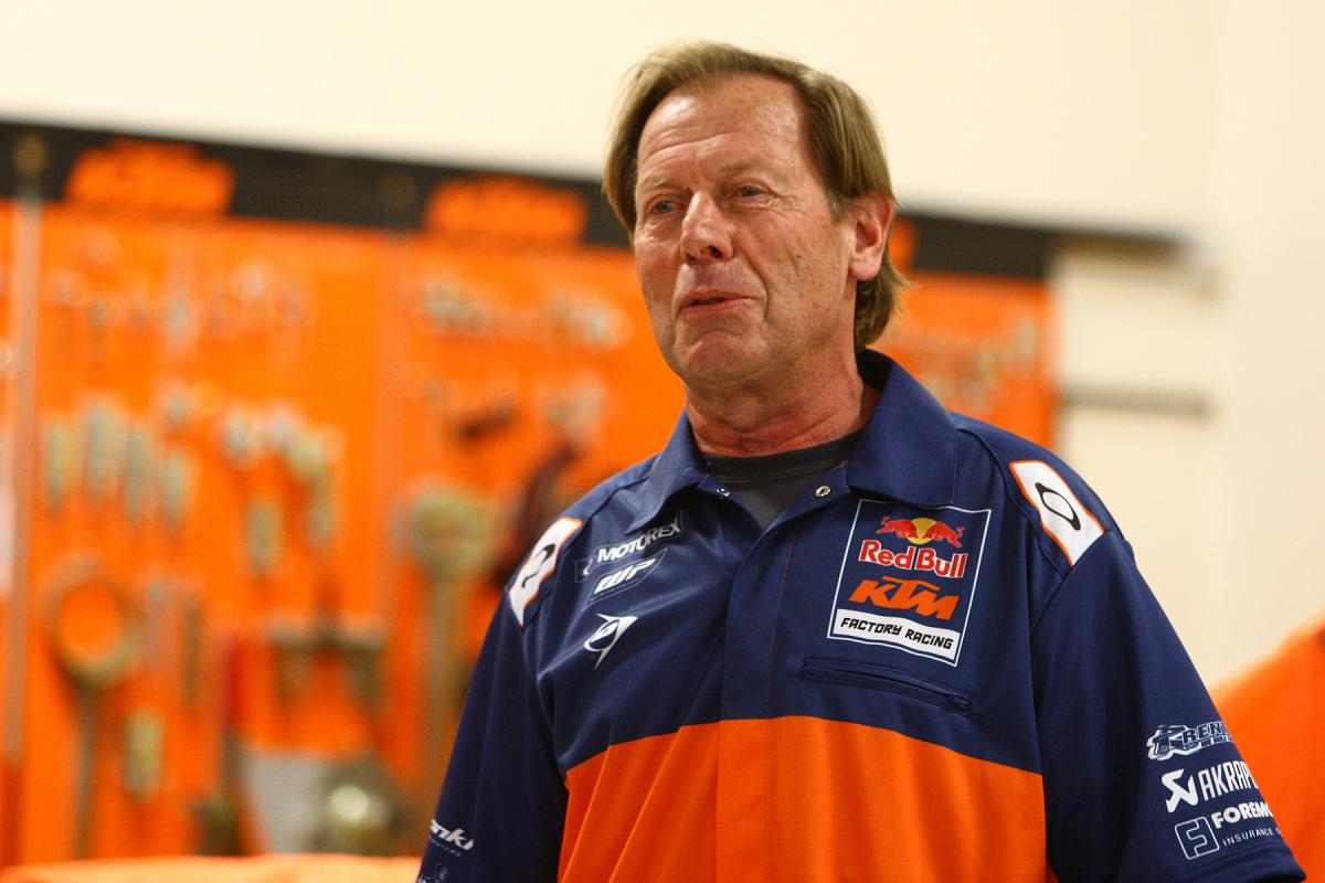 DeCoster.