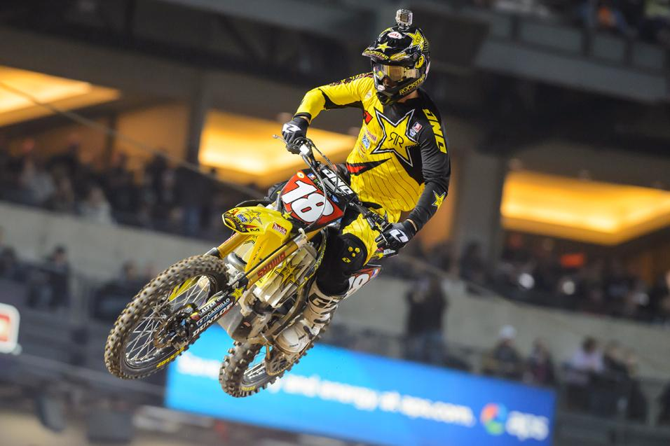 <strong>Going for the W:</strong><br /> Davi Millsaps