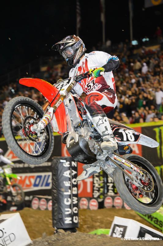 Champion-Anaheim3SX2013-Cudby-004