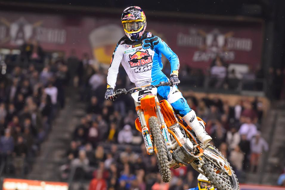 <strong>The List:</strong> Shocking<br /> Dungey Headlines