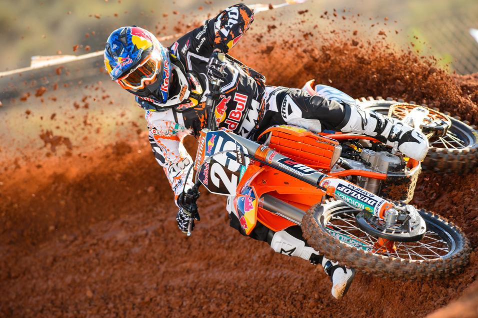 <strong>Going for the W:</strong><br /> Marvin Musquin