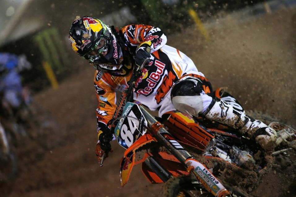 Racer X Race Report:<br /> MXGP of Qatar