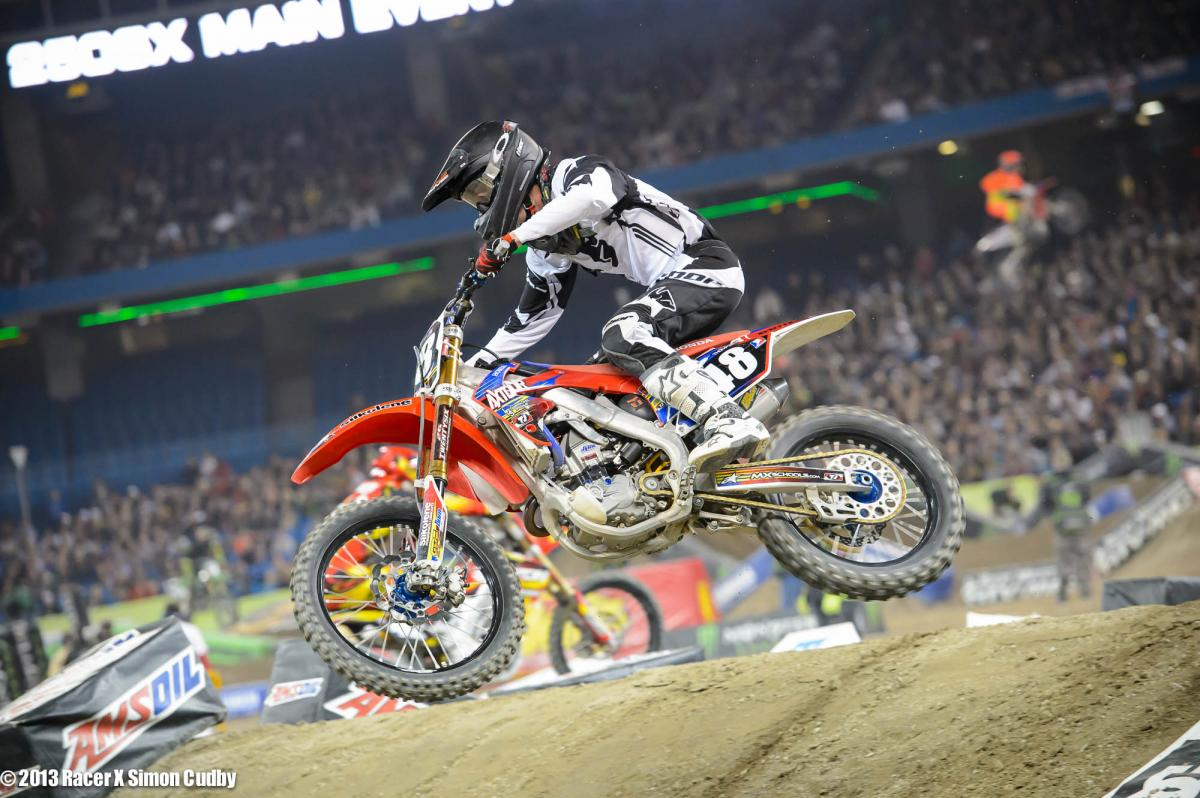 Thompson-TorontoSX2013-Cudby-015