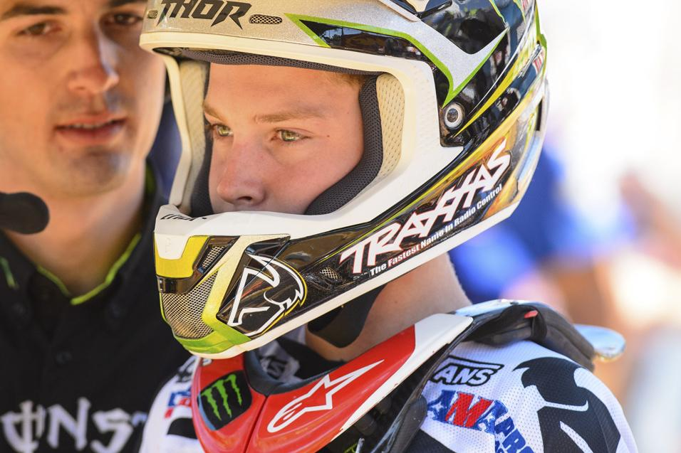 250 Words: Cianciarulo Debut