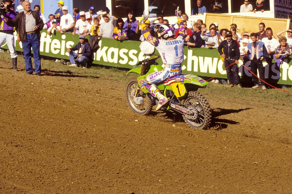 Between The  Motos: Mike Kiedrowski