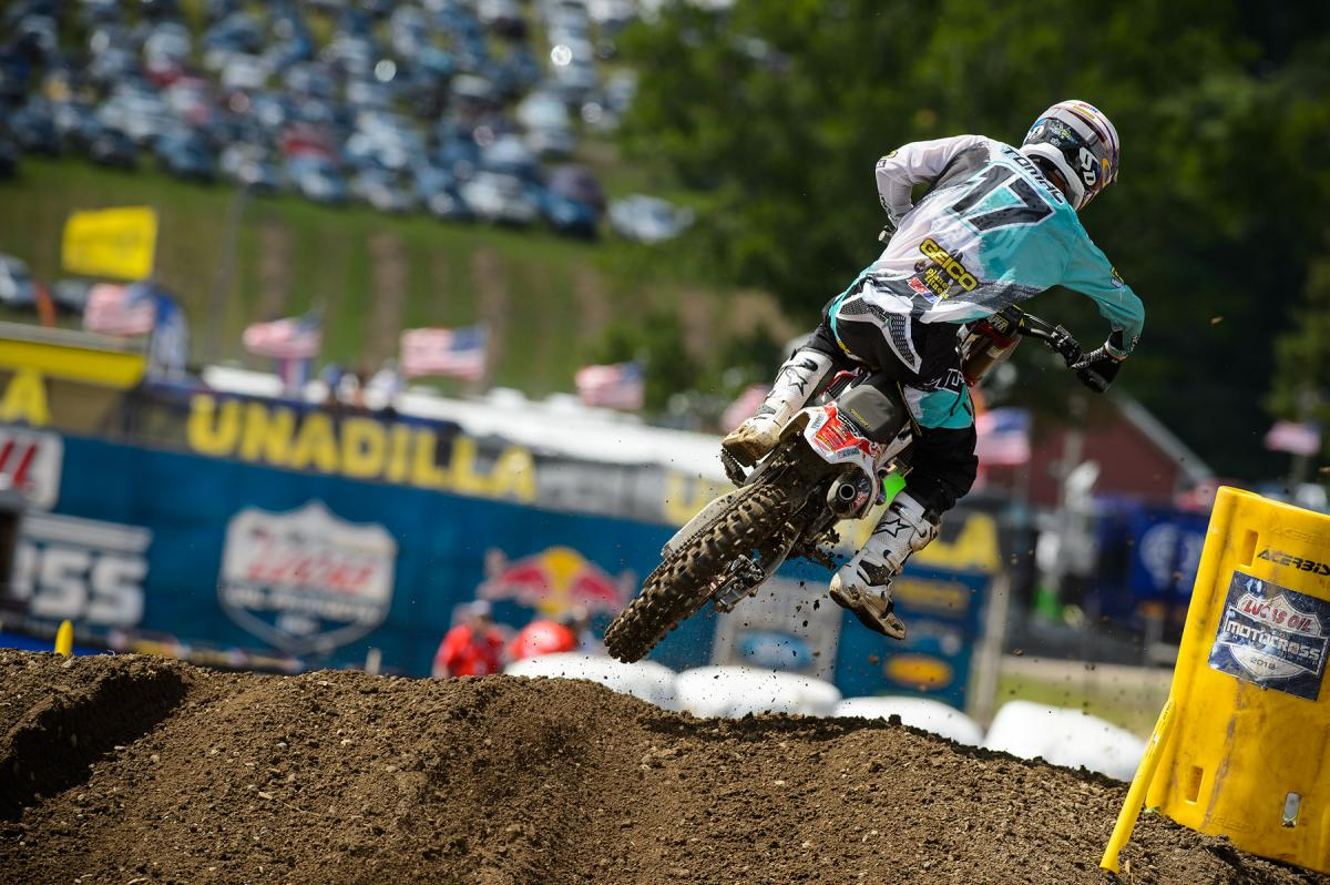 Here's where we get to use the classic 'This is the only part of Tomac the competition got to see' caption.