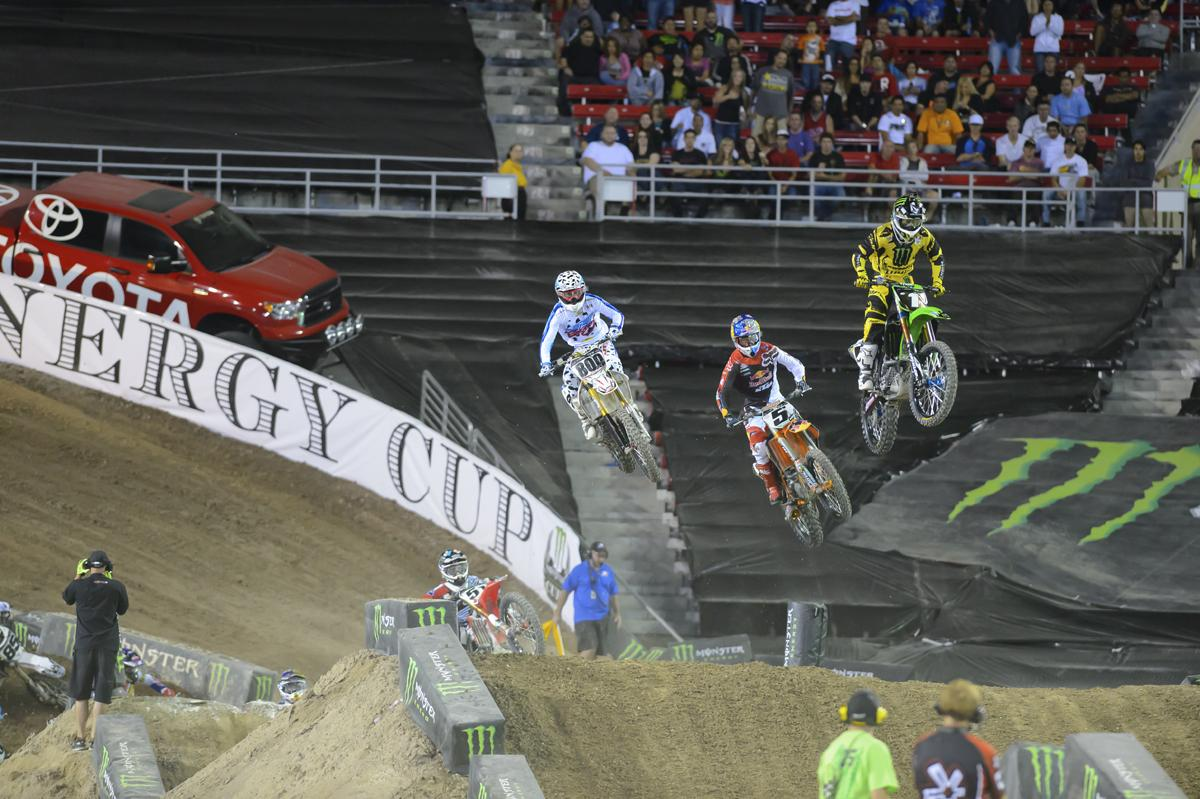 RV battling with Dungey. Villopoto won the first race but crashed out for the night in race two.