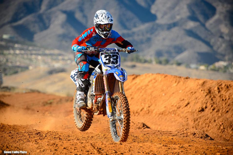 Racer X Films:  Yamaha SX Testing