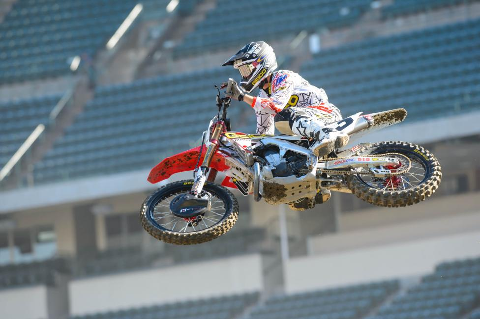 Eli Tomac returns from a shoulder injury this weekend.