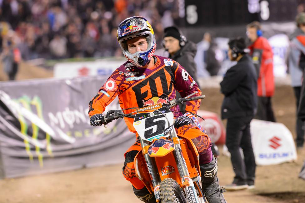 A crash in the whoops led to a DNF for Dungey. Photo: Simon Cudby