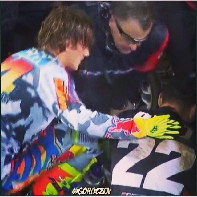 Ken Roczen checking on Chad Reed following his crash Saturday.